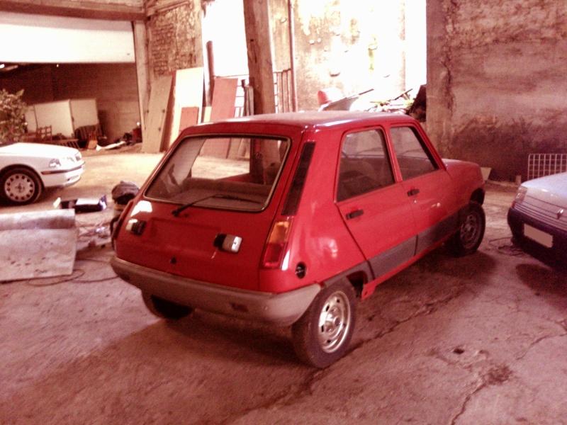 R5 GTL rouge 5 portes de 1981 P1647_10
