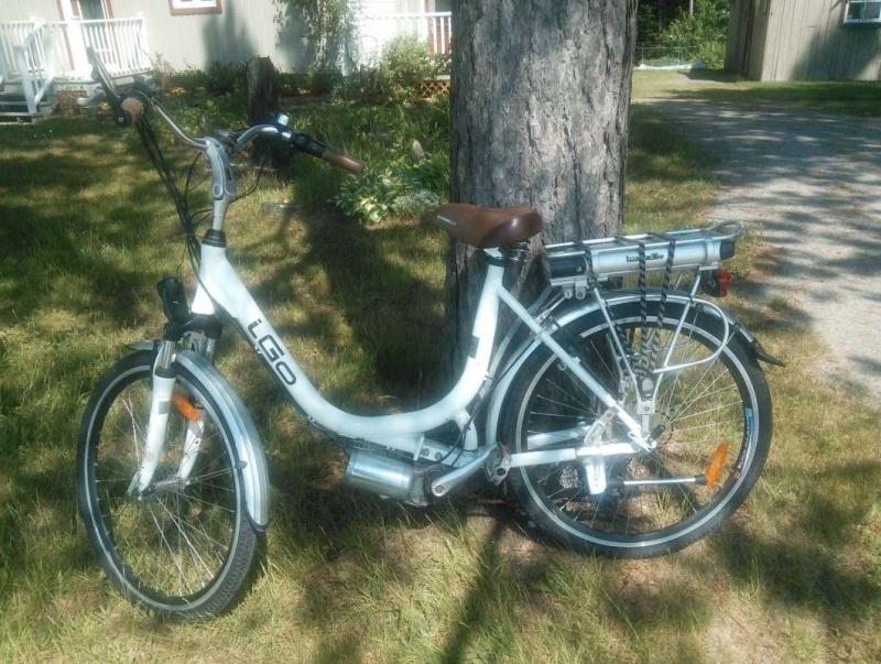 VENDU - Vélo électrique à vendre 201110