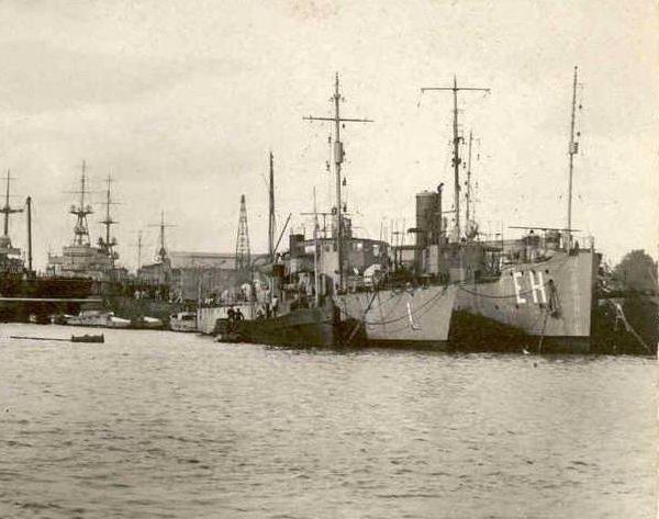 Les navires écoles français du XIX é à nos jours en photos  - Page 2 1929_112