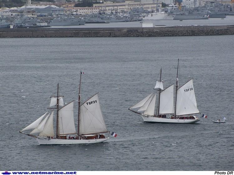 Les navires écoles français du XIX é à nos jours en photos  - Page 3 1932_e10