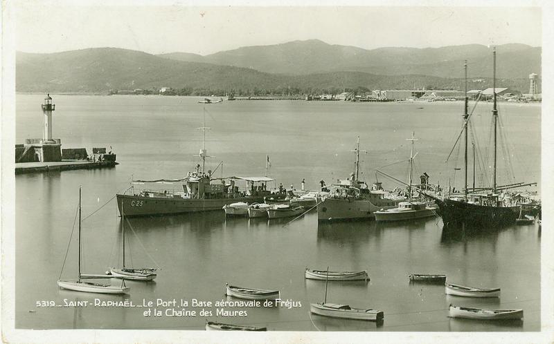 Les petits tenders Petrel 1 à 8 1938_c11