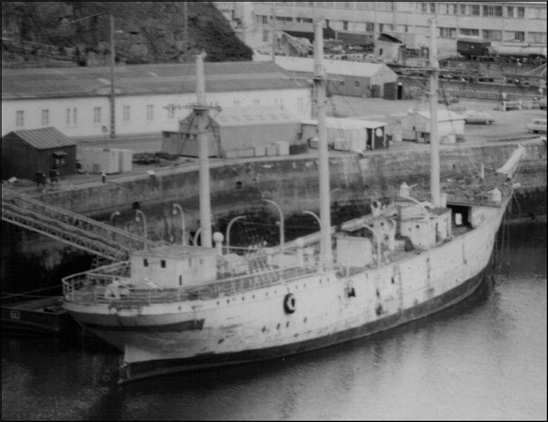 Les navires écoles français du XIX é à nos jours en photos  - Page 3 1960_110