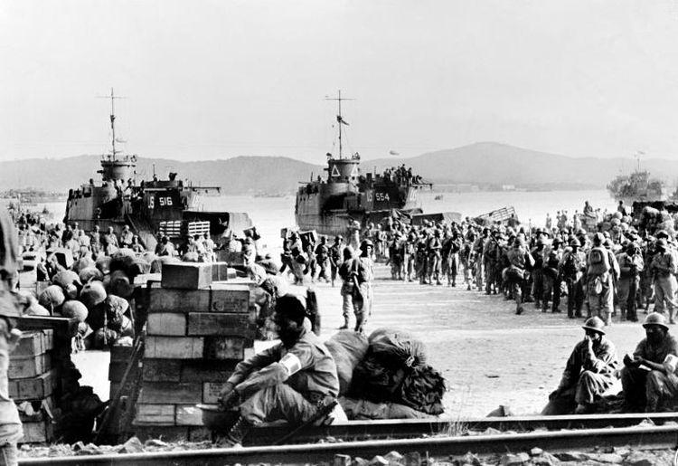Débarquement en Provence et libération de Toulon - Page 2 Pr_66910