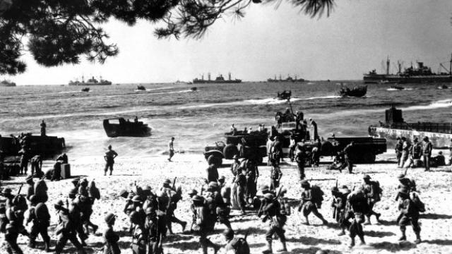 Débarquement en Provence et libération de Toulon - Page 2 Pr_apa10