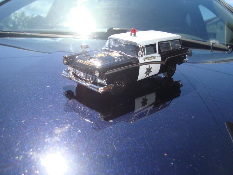 ford 57 station police Dsc08135