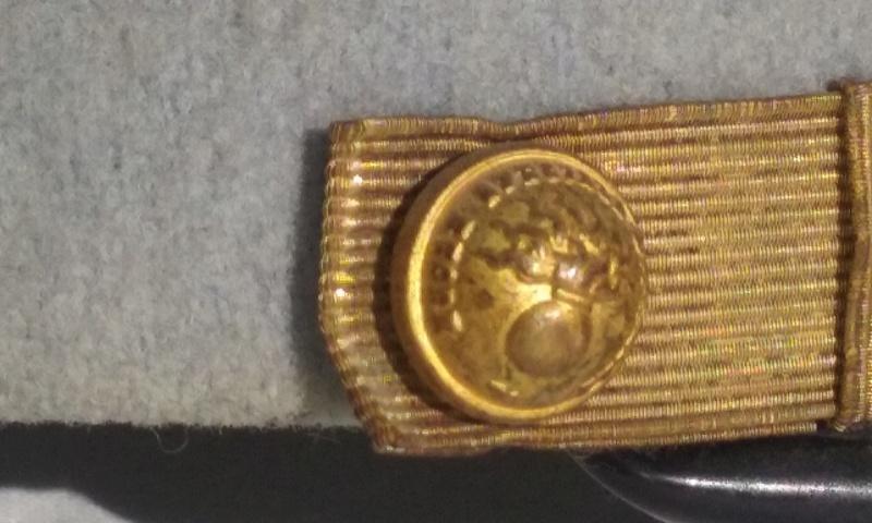 Képis Commandant 61 ème R. d'Artillerie + Képi élève Saint Cyr.- ESC 1 Vendu 20160105