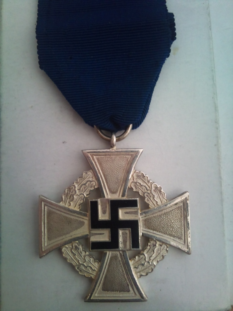 Vos décorations militaires, politiques, civiles allemandes de la ww2 Medail10