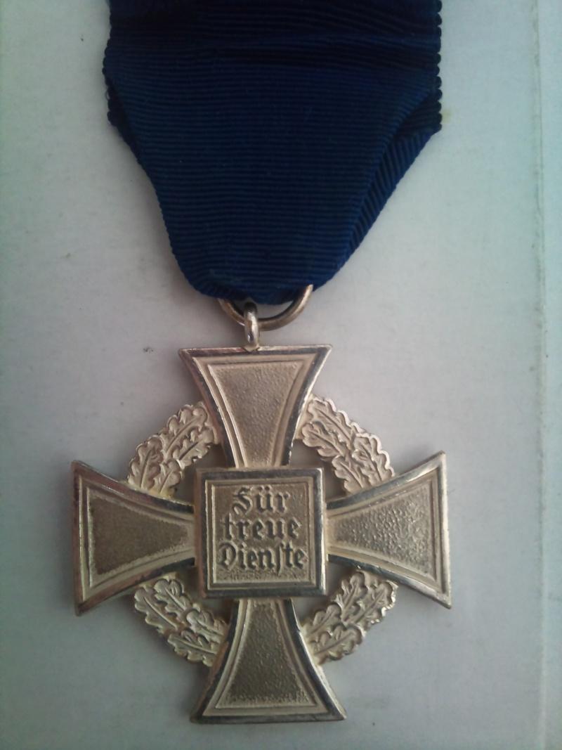 Vos décorations militaires, politiques, civiles allemandes de la ww2 Medail11