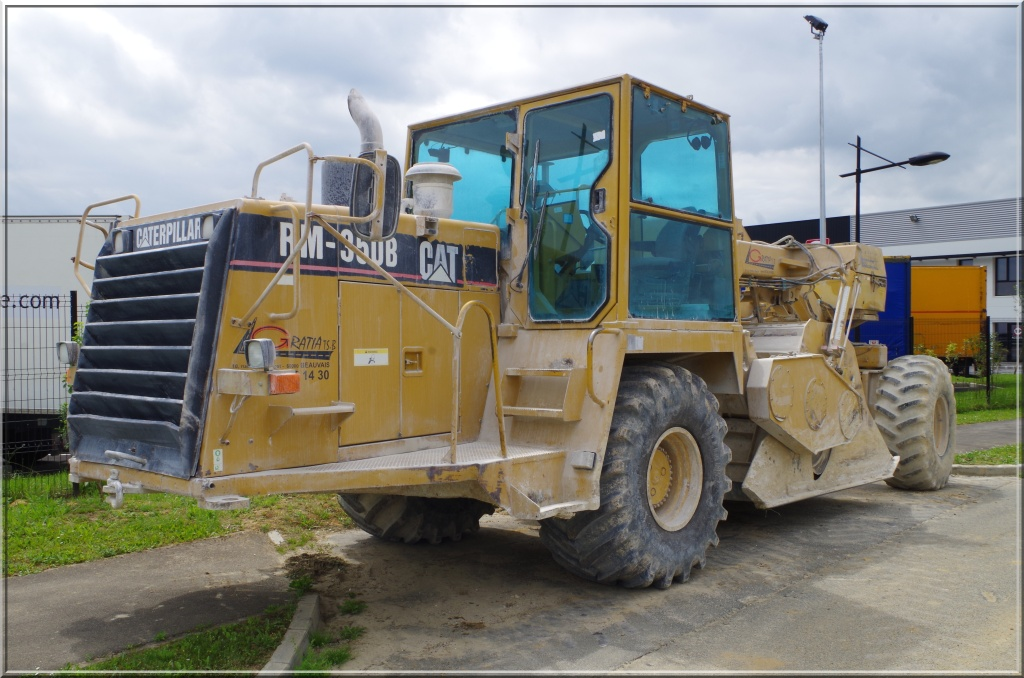 Tractopelle Caterpillar (USA) Caterp10