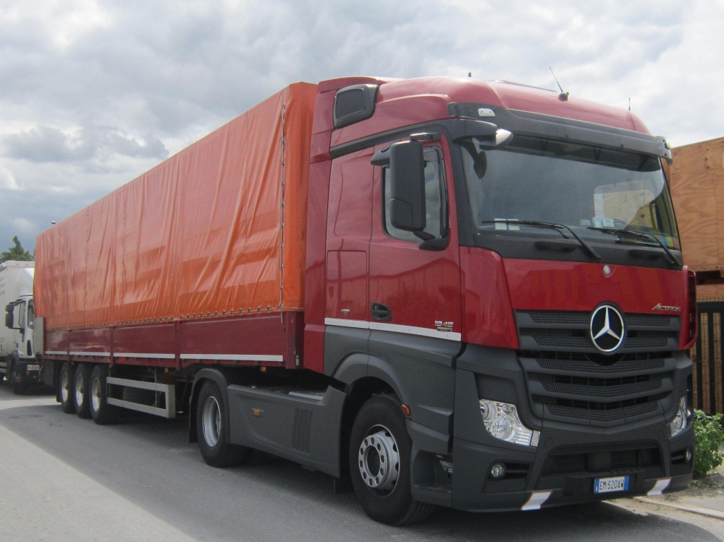 Mercedes Actros MP4 (euro 6 )  - Page 2 Merced14