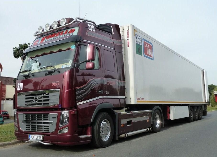 Torello Trasporti (Montoro Inferiore) - Page 2 Volvo101