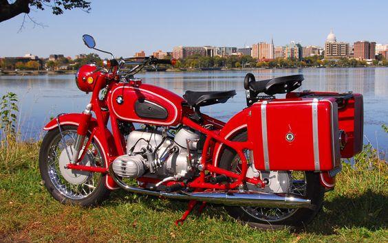 PHOTOS - BMW - Bobber, Cafe Racer et autres... - Page 4 010b7d10