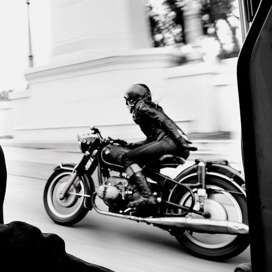 PHOTOS - BMW - Bobber, Cafe Racer et autres... - Page 4 478c8610
