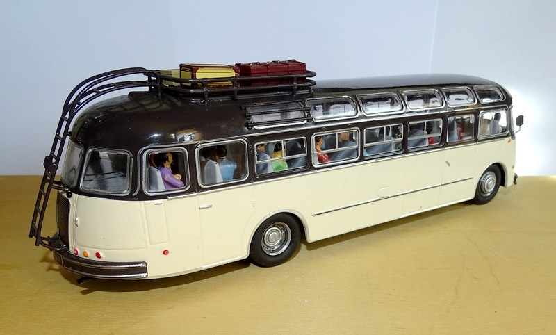 La route des vacances  N7, années 60 (1.43è) Dsc00343