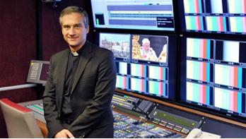 """Hướng Đi Mới Trong Ngành Truyền Thông Về """"Sắc Lệnh"""" Tòa Thánh Ducong10"""
