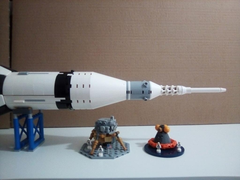 La Saturn V en LEGO! - Page 3 Img_2012