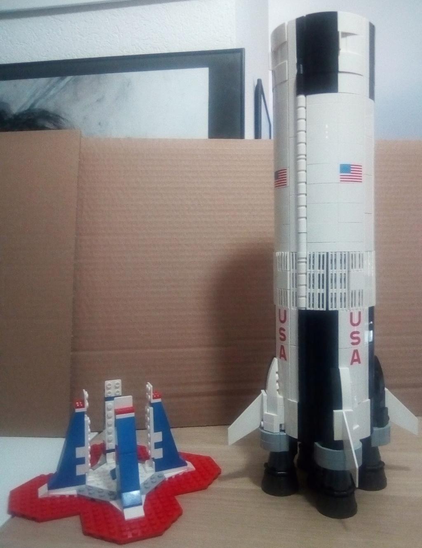 La Saturn V en LEGO! - Page 4 Saturn15