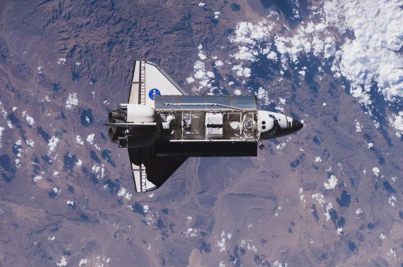 Pourquoi la navette spatiale décolle à la verticale ?  Shuttl10