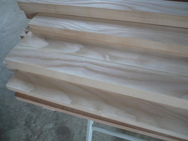 réalisation d'un meuble support pour scie à onglet P1030914