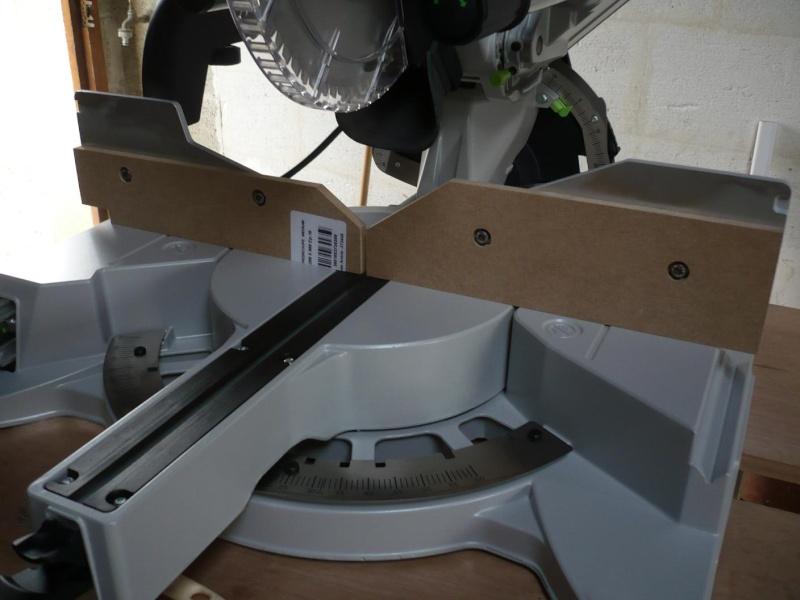 réalisation d'un meuble support pour scie à onglet P1030916