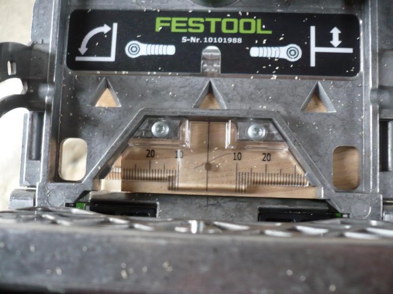 réalisation d'un meuble support pour scie à onglet P1030920
