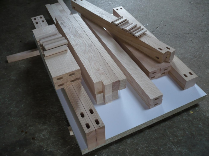 réalisation d'un meuble support pour scie à onglet P1030921