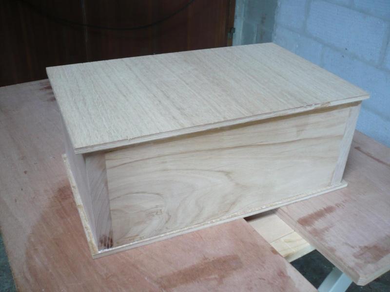 Réalisation d'une boite pour outils Véritas P1040032
