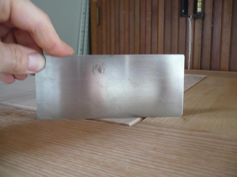 réalisation d'un meuble support pour scie à onglet - Page 3 P1040046
