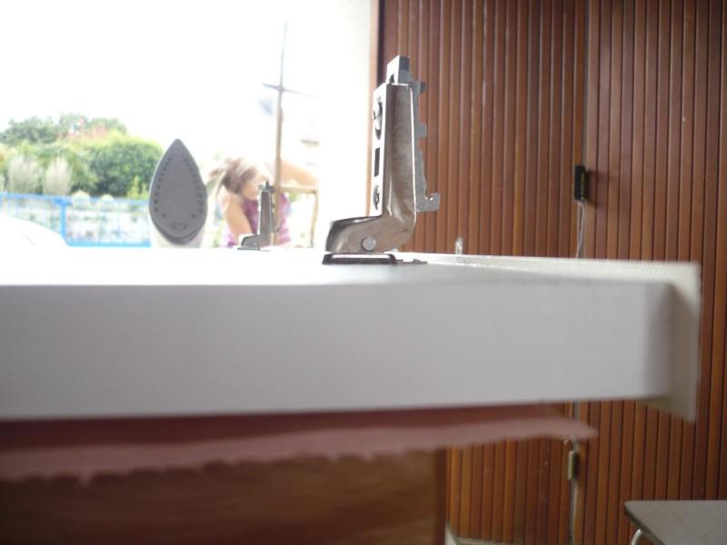 réalisation d'un meuble support pour scie à onglet - Page 3 P1040052