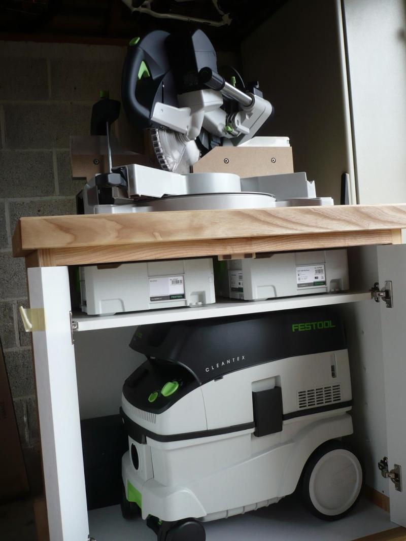 réalisation d'un meuble support pour scie à onglet - Page 3 P1040057