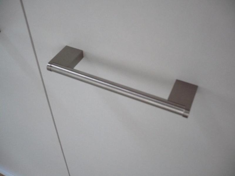 réalisation d'un meuble support pour scie à onglet - Page 4 P1040060