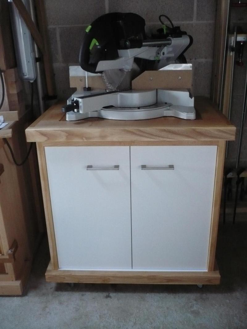 réalisation d'un meuble support pour scie à onglet - Page 4 P1040061