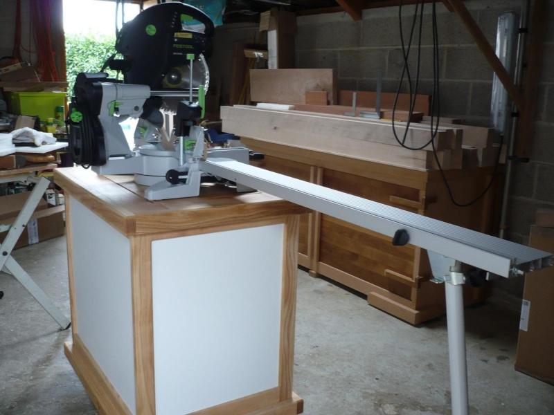 réalisation d'un meuble support pour scie à onglet - Page 4 P1040063