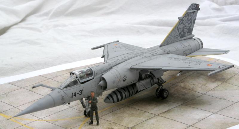 Mirage F1M (Spécial Hobby + Décal BERNA, 1/72) Img_7315