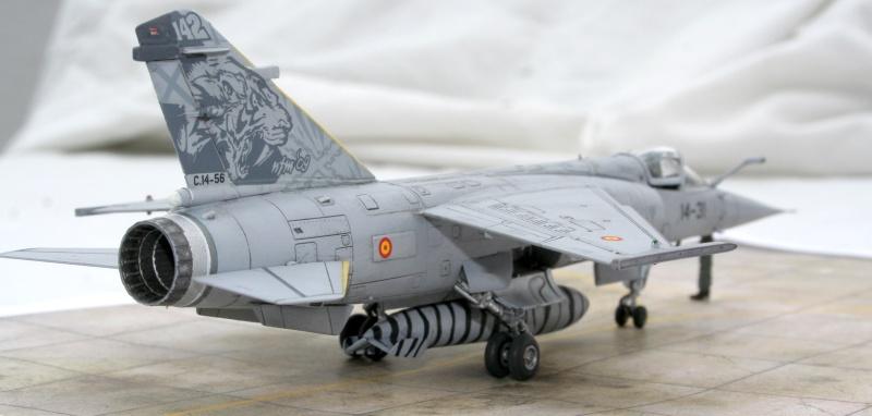 Mirage F1M (Spécial Hobby + Décal BERNA, 1/72) Img_7325