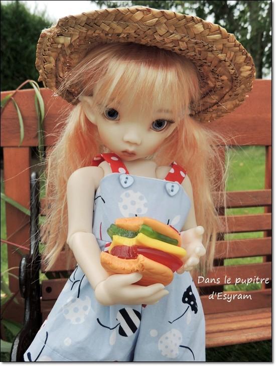 Les Kaye Wiggs d'Esyram  ! La maison de poupées ! fin page 4 - Page 3 005_ha15