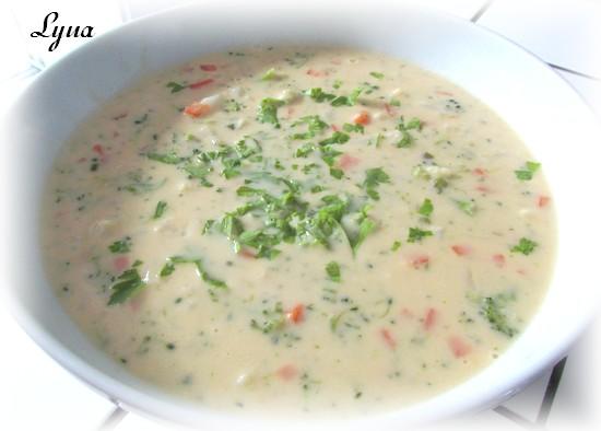Chowder de chou-fleur, brocoli et cheddar Chowde12