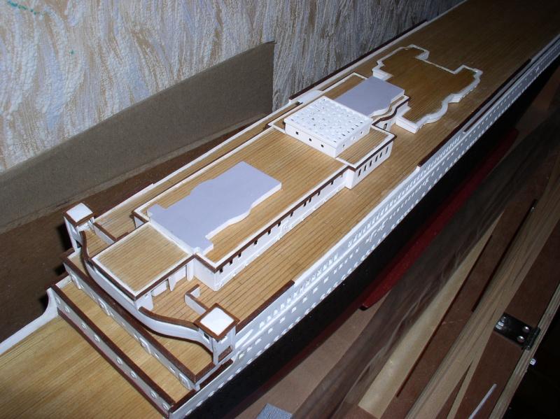 Le Titanic d'après les plan de JC ROSSO  au 1/200ème  - Page 5 P1010010