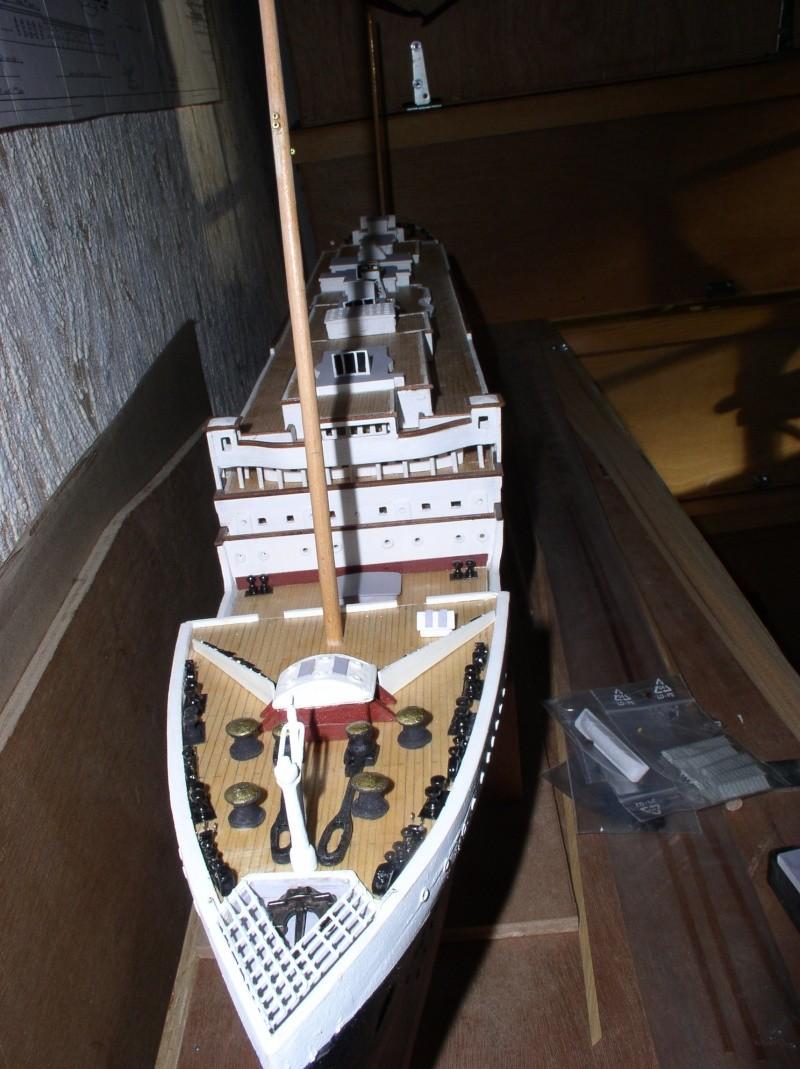 Le Titanic d'après les plan de JC ROSSO  au 1/200ème  - Page 5 P1010016