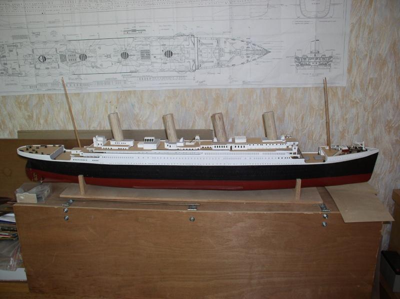 Le Titanic d'après les plan de JC ROSSO  au 1/200ème  - Page 5 P1010022