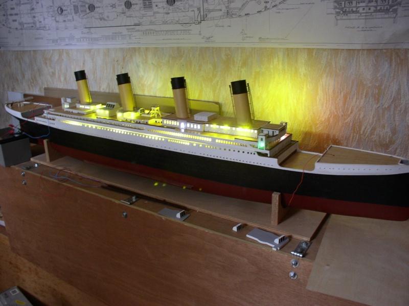 Le Titanic d'après les plan de JC ROSSO  au 1/200ème  - Page 6 P2010010