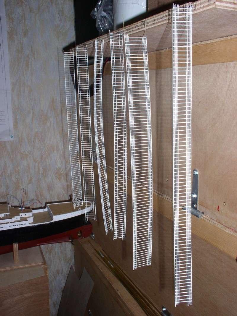 Le Titanic d'après les plan de JC ROSSO  au 1/200ème  - Page 7 P2010011