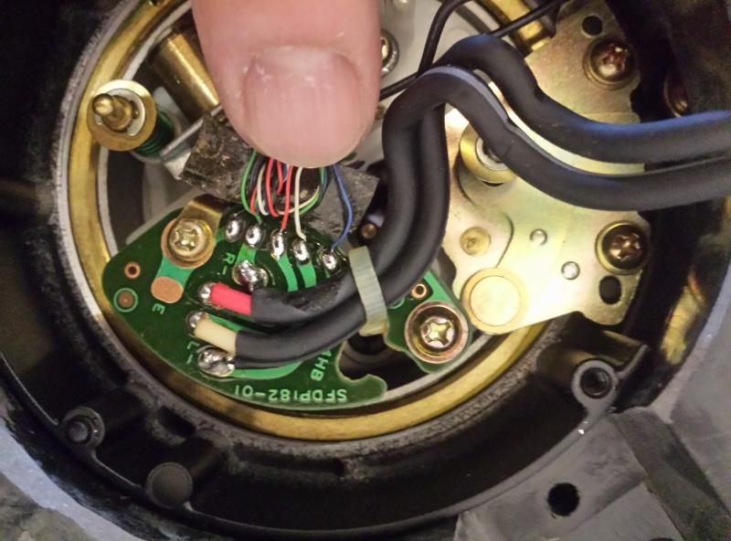 Diffusore acustico privo di bassi con giradischi technics 1210 20160612