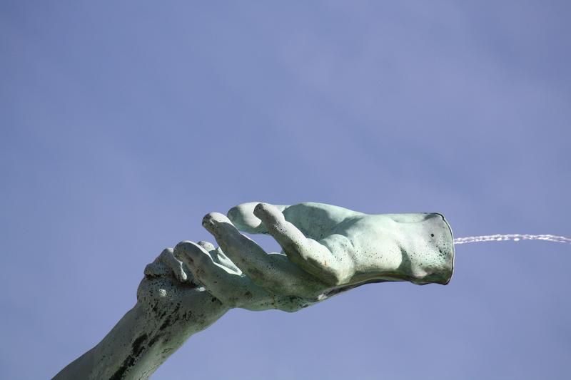 La terrible histoire de la fontaine Brado et des mains d'Anvers en Belgisue !! 39569510