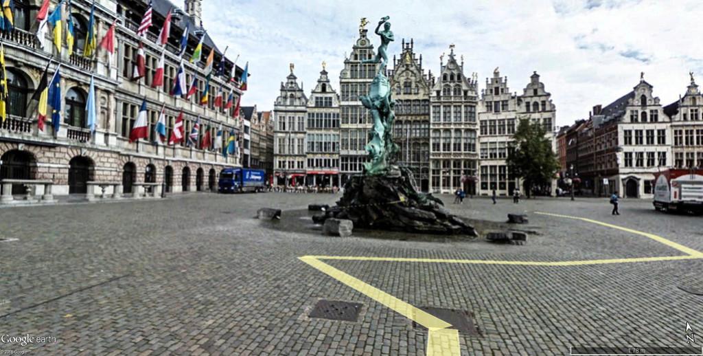 La terrible histoire de la fontaine Brado et des mains d'Anvers en Belgisue !! Statue12