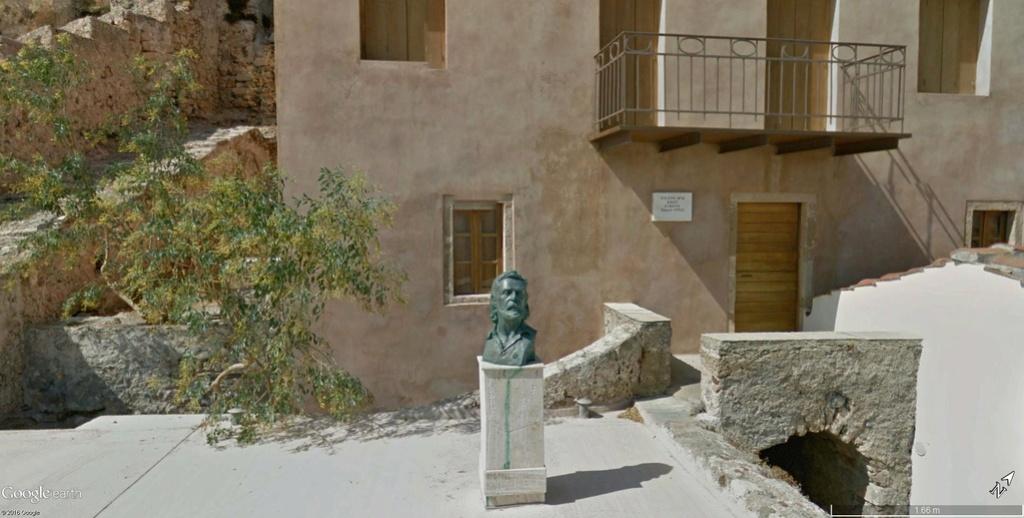 Statues - Page 6 Yyynni10