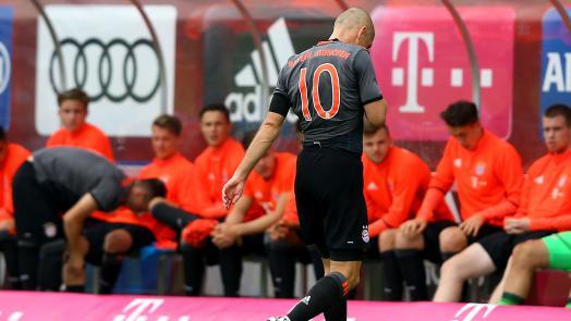 [10] [Mittelfeld] Arjen #Robben  - Page 3 Robben10