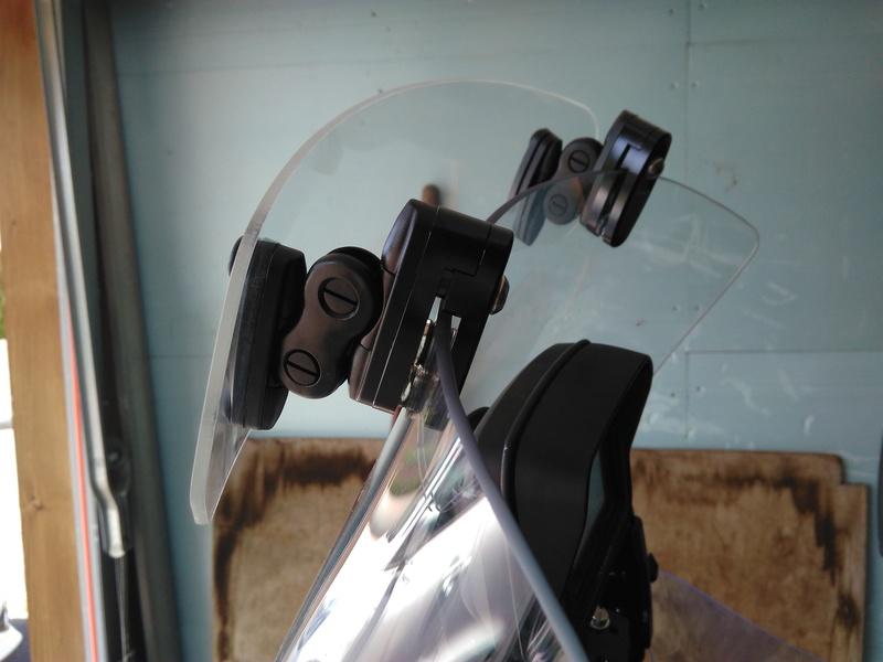 Déflecteurs latéraux + déflecteur de bulle Puig Img_2024