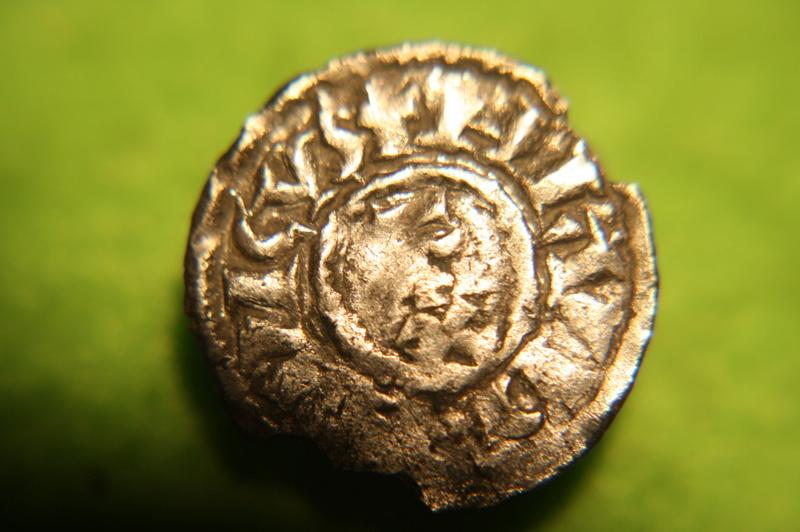 Très rare obole de Louis L'Aveugle, Roi de Provence ... Img_0114