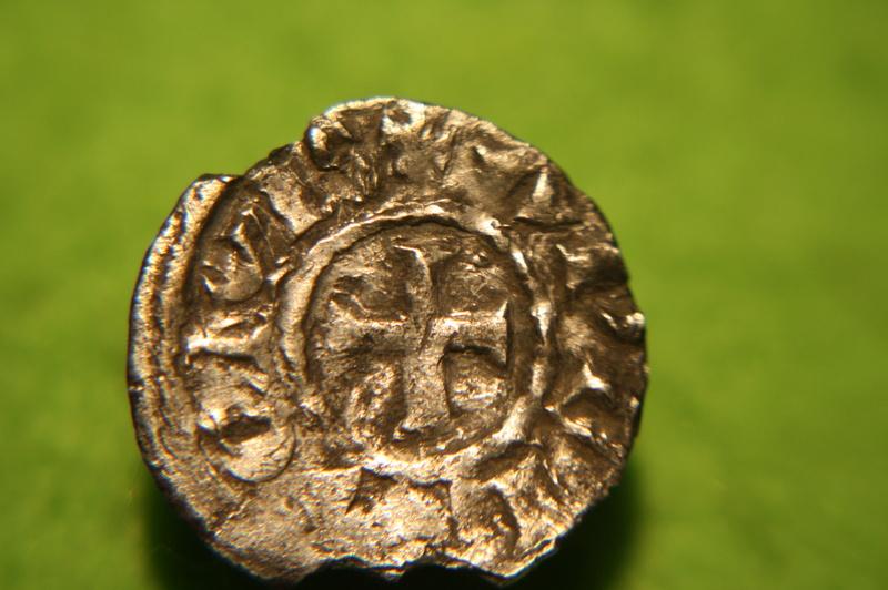 Très rare obole de Louis L'Aveugle, Roi de Provence ... Img_0115
